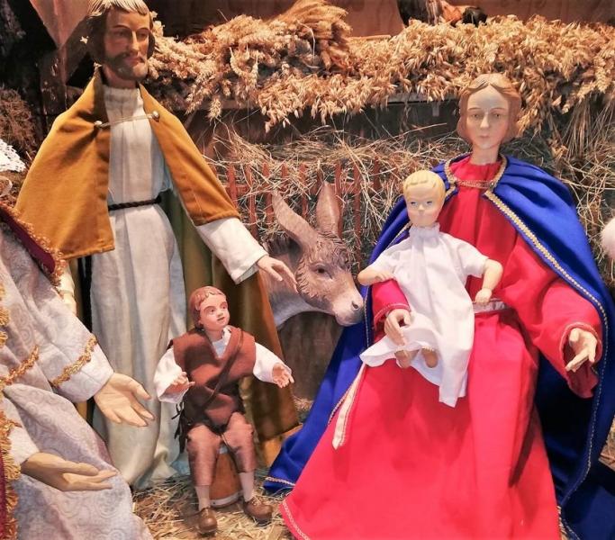 Die Hl. Familie zeigt das Gotteskind